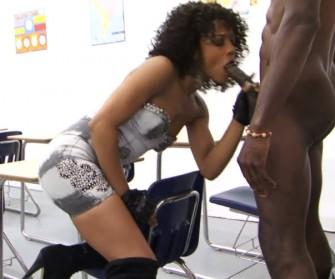 Sex sa crnkinjom i crncem