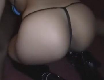 Seksi kurva puši i jebe se